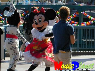 PHOTO: Fiesta Mickey and Minnie.
