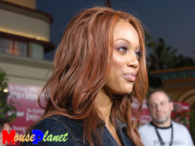 tyra banks hairstyles pictures. Tyra Banks Hairstyles