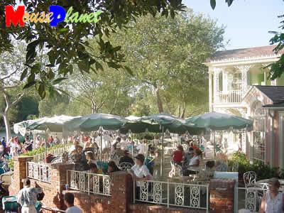 (Mini guide) Les restaurants de Disneyland Resort en Californie Riverbelle-070403-AVP