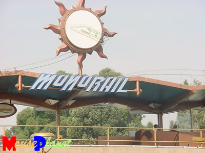 PHOTO: Monorail