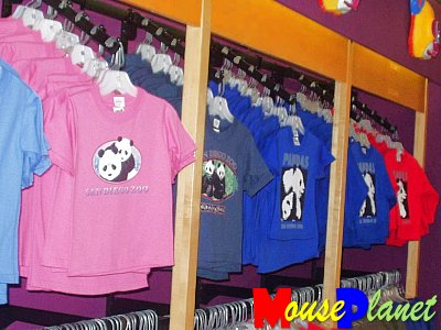 San Diego Zoo Baby Panda Exhibit: A T-shirt for every taste. Photo by Lisa Perkis, copyright MousePlanet.