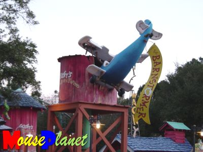 Disney world 12 jours de rêves en image Goofy_barnstorming_crash-goldhaber-030401