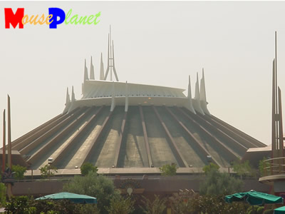 PHOTO: Space Mountain.