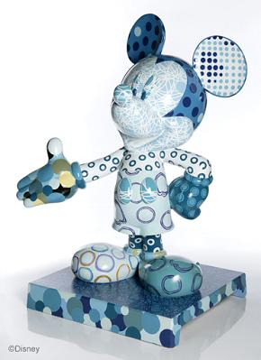 Luis Fernandez Mickey statue